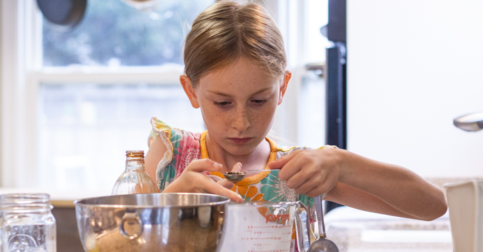 Kids in the Kitchen | Flour Arrangements