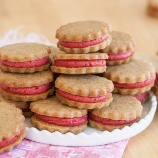Gingerbread Raspberry Sandwich Cookies | Flour Arrangements