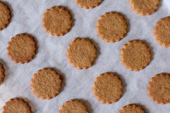 Gingerbread Raspberry Sandwich Cookies | Flour Arrangements