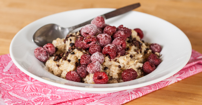Oatmeal with Raspberries and Cocoa Nibs | Flour Arrangements