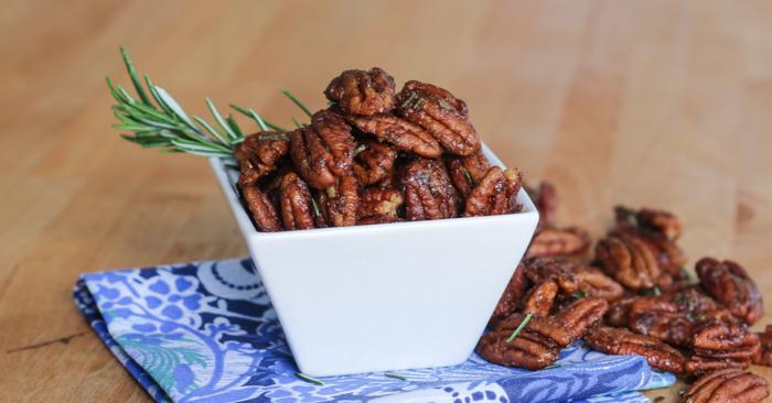 Sweet-Spiced Rosemary Pecans | Flour Arrangements