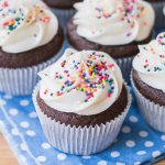 Simple Chocolate Cupcakes with Vanilla Buttercream | Flour Arrangements