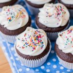 Simple Chocolate Cupcakes with Vanilla Buttercream   Flour Arrangements