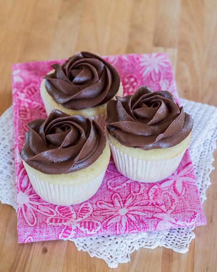 Buttermilk Cupcakes   Flour Arrangements