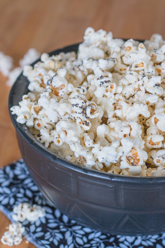 Crunchy and salty, with bursts of garlic, onion, sesame, and poppy seeds, this everything popcorn is the best thing since sliced everything bagels. Give your next batch of popcorn some serious flavor by stirring in homemade everything mix.