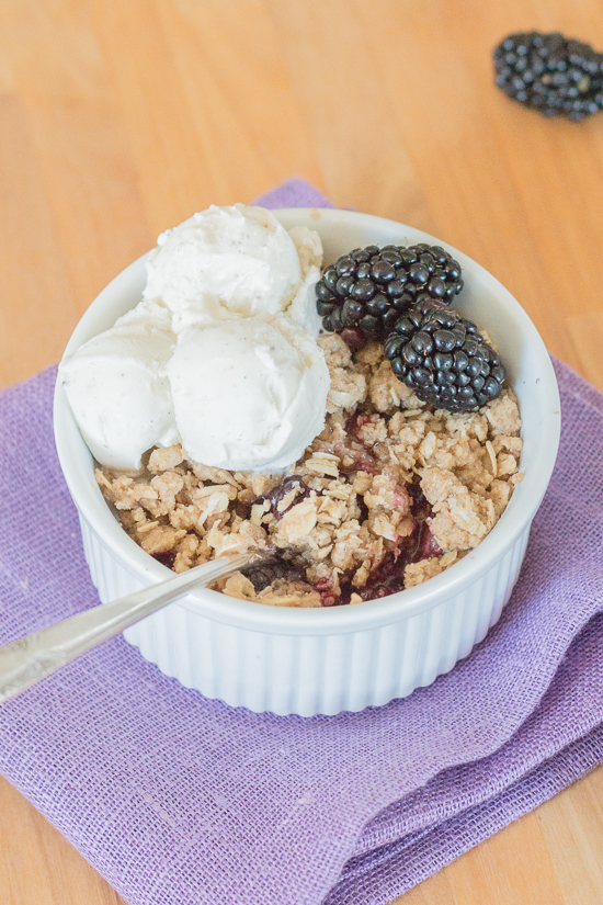 With minimal prep required, this blackberry crisp recipe makes summer baking a breeze. Its sweet berry flavor and hint-of-spice oatmeal-streusel topping taste amazing oven-warm with rich vanilla ice cream.