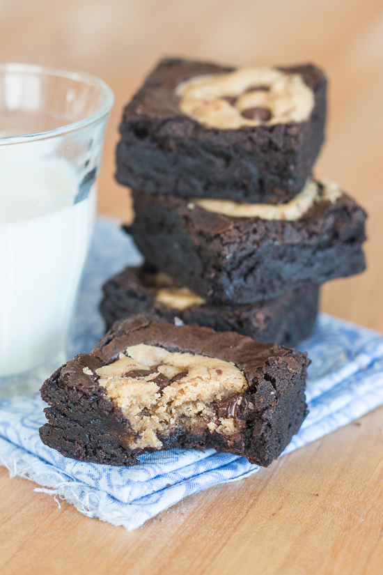 Why choose between cookies and brownies when you can have both? Enjoy rich chocolate brownies and chocolate chip cookies in one decadent bite. This mix-by-hand recipe forchocolate chip cookie browniesis surprisinglysimple to prepare.