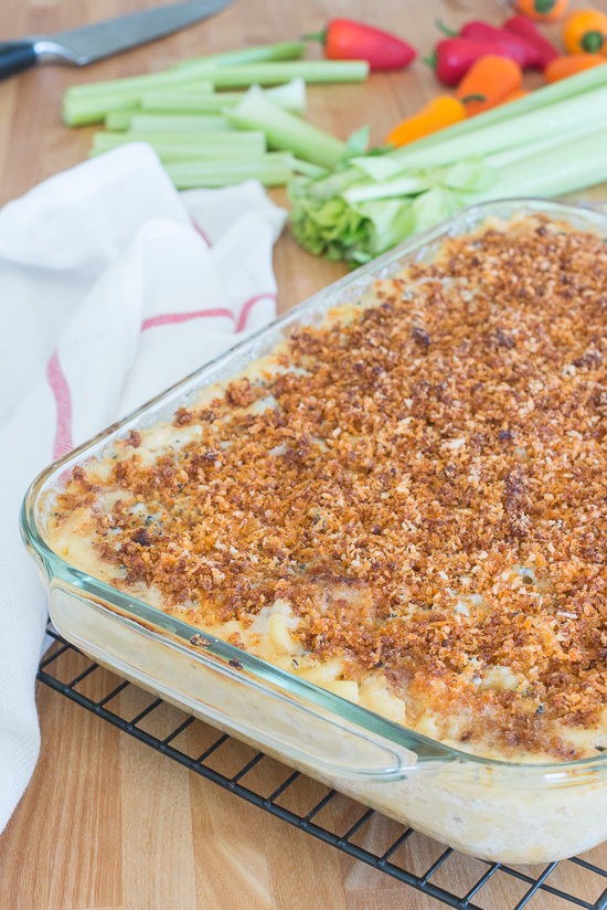 This Buffalo Chicken Macaroni and Cheese recipe delivers classic comfort food with an attitude. From the crisp, fiery breadcrumb topping to the creamy, rich Gorgonzola sauce, this chicken and pasta dish will satisfy your taste budswith a serious explosion of flavors.