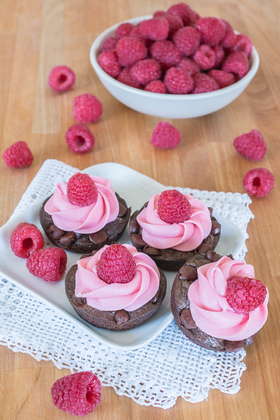 Short and petite, theseMuffin Tin Chocolate Browniesdeliver a rich chocolate punch with a sweet burst of raspberry frosting. With an elegant swirl of buttercream, they're perfect celebration treats for smaller appetites.