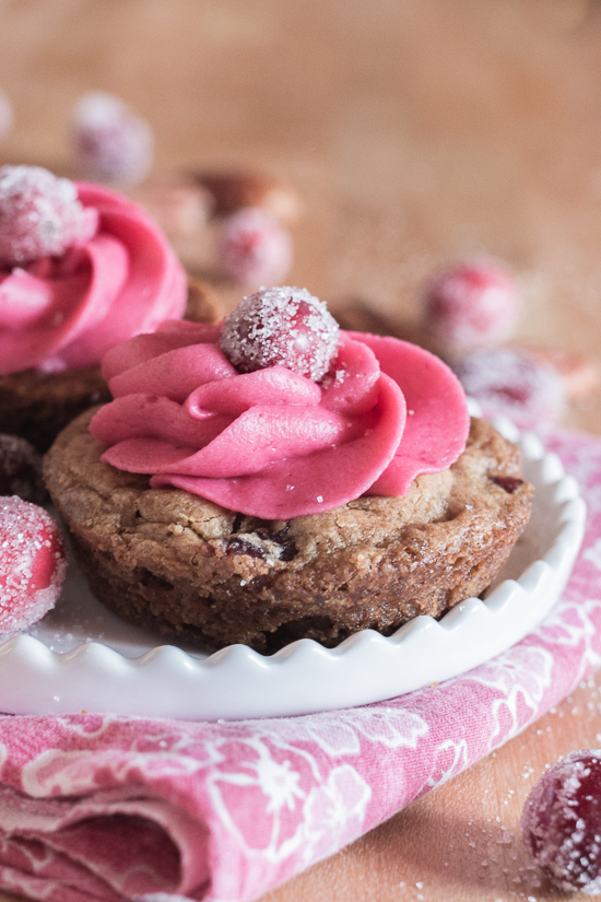 With their deep pink cranberry buttercream and glittery sugared cranberries, these pretty Muffin Tin Cranberry-Pecan Blondiesmake a great, easy-to-serve dessert for festive occasions.