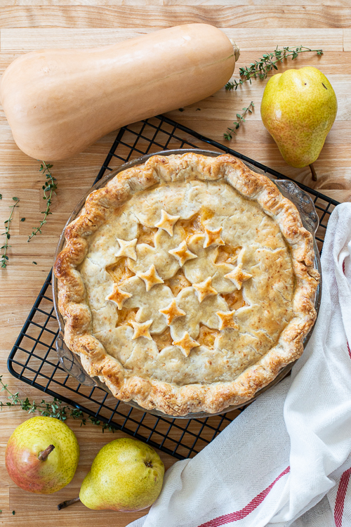 With a flavorful vegetable filling wrapped up in Gruyere pastry dough, this Butternut Squash Pot Pie serves up satisfying wedges of savory goodness.